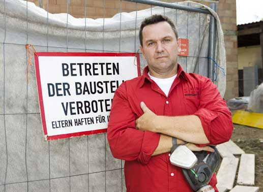 Start Staffel 12  – Pfusch am Bau""